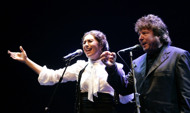 DOCU_GRUPO Flamenco singer Morente and his daughter Estrella perform during a concert at Cap Roig festival in Palafrugell