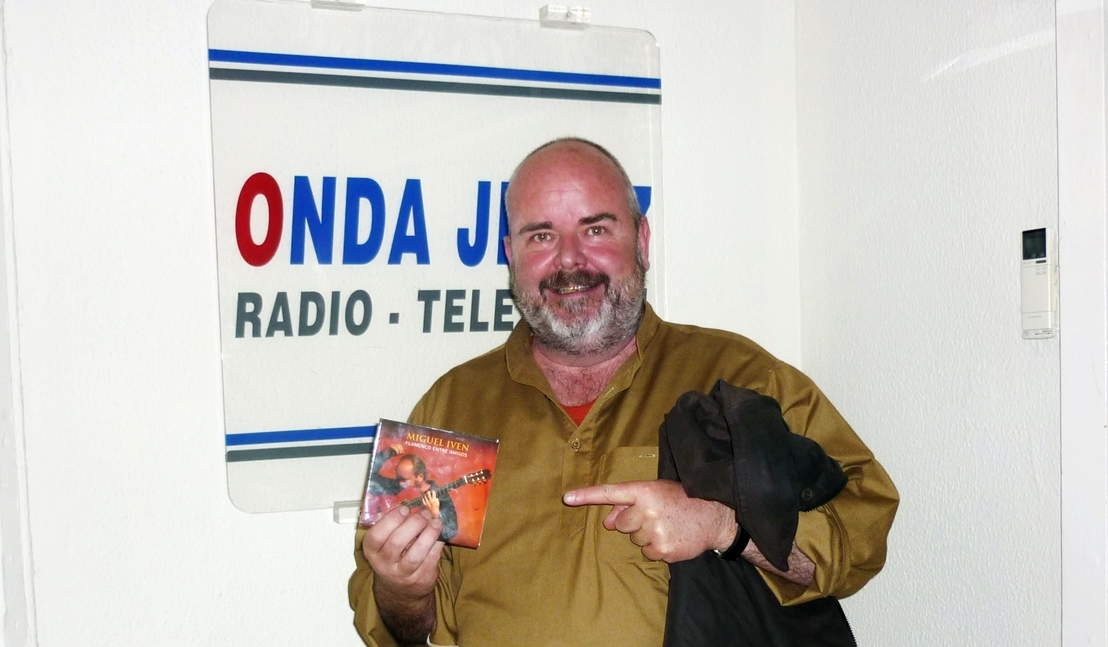 Miguel Iven el guitarrista alemán que compone en las playas de Bolonia(entrevista)