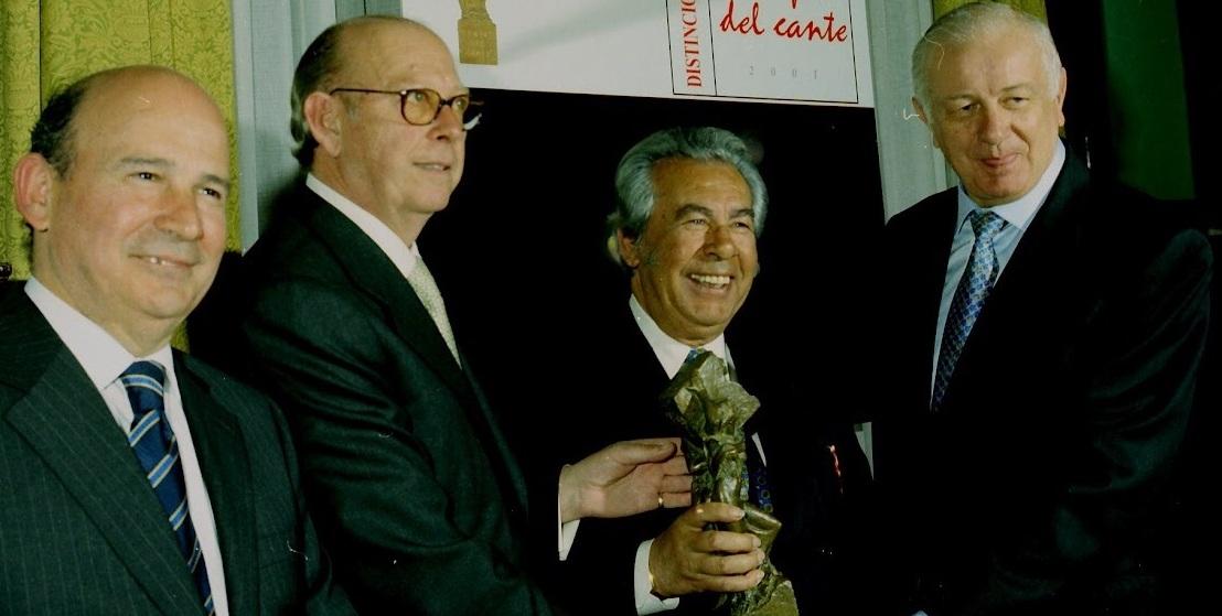"""Memoria del Compás del Cante: """"Manuel Morao, 2001"""" (incluyeentrevista)"""