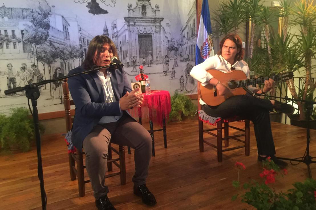 Vídeo.- Samuel Serrano y Paco León en la Peña La Bulería deJerez