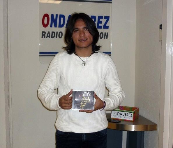 "Programa.- Samuel Serrano nos visita para presentar su disco ""DosCaminos"""