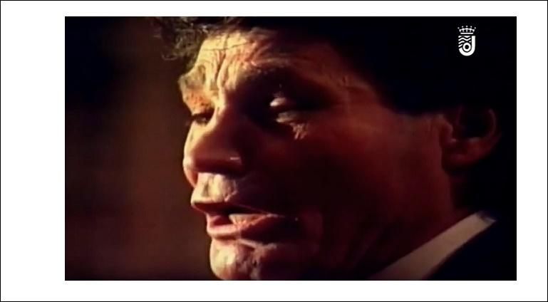 """Vídeo.- Aquella saeta """"De puerta en puerta"""" de Agujetas en Santiago(1996)"""
