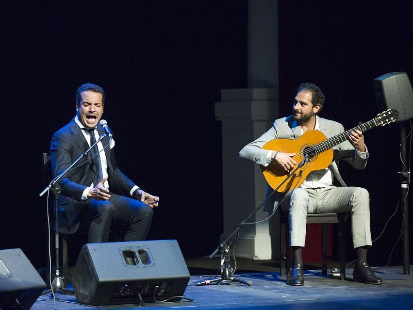 Jesús Méndez y Diego del Morao en la clausura de la I Bienal de Cante deJerez