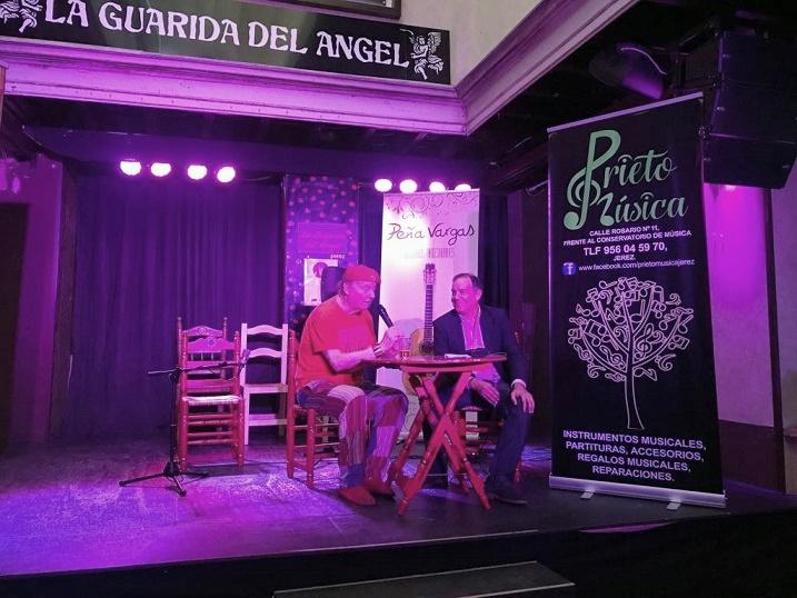 Emotivo y sabio encuentro con José Luis Balao en La Guarida delÁngel