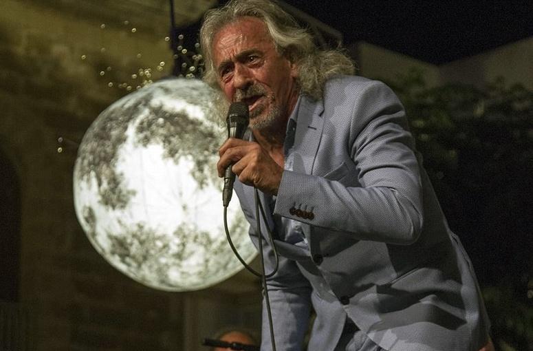"""Programa.- """"Capullo de Jerez"""", 50 años en el arte de un mago delcompás"""