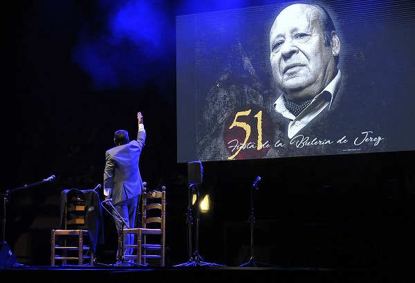 Jerez tributó un cálido homenaje a Manuel Moneo en su Fiesta de laBulería