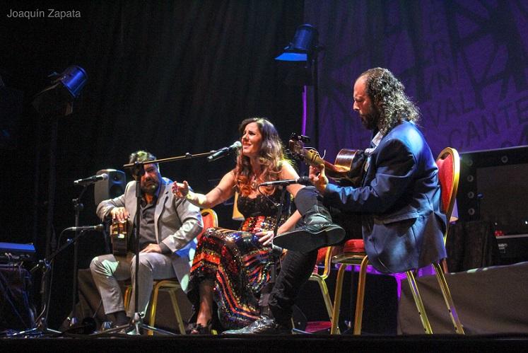 Desde La Mina.- Miguel Ortega y Diana Navarro, noche decontrastes