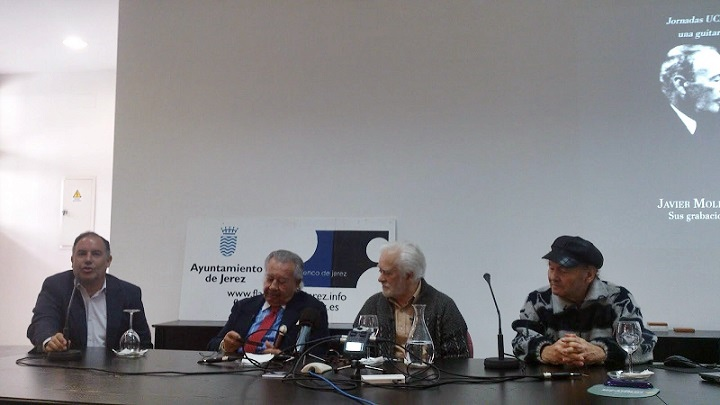 Fermín Lobatón se hace eco de las Jornadas dedicadas a JavierMolina