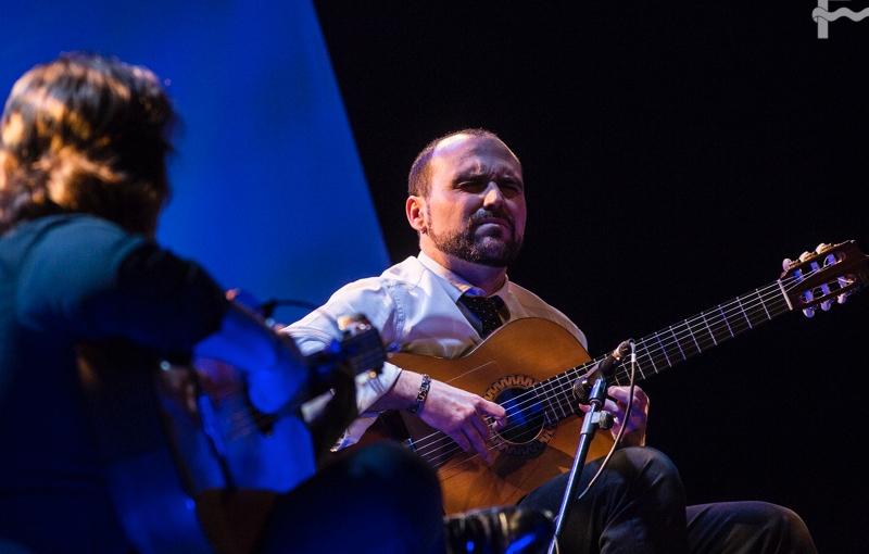 """Entrevista.- Santiago Lara nos presenta su disco """"La guitarra en eltiempo"""""""