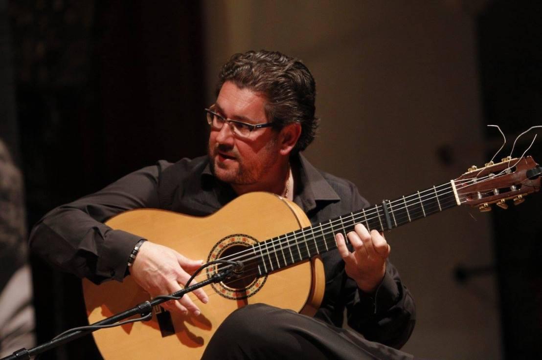 Antonio Higuero, socio de número de la Cátedra de Flamencología deCádiz