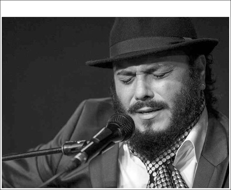 Entrevista.- El cantaor Ingueta Rubio nos presenta su primer disco ensolitario