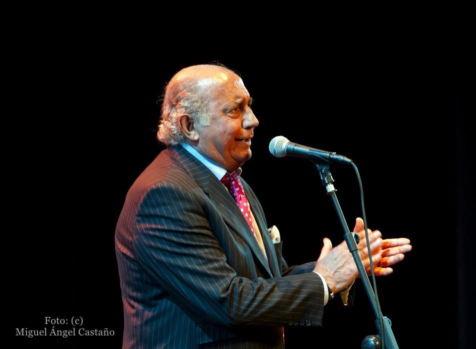 Programa especial en el adiós del cantaor Fernando de laMorena