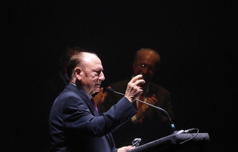 """Programa.- A Antonio Fernández Díaz """"Fosforito"""", llave de la maestríaflamenca"""