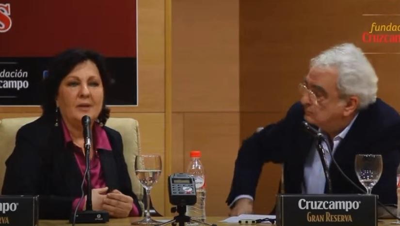 Carmen Linares en el campus universitario de Jerez(entrevista)