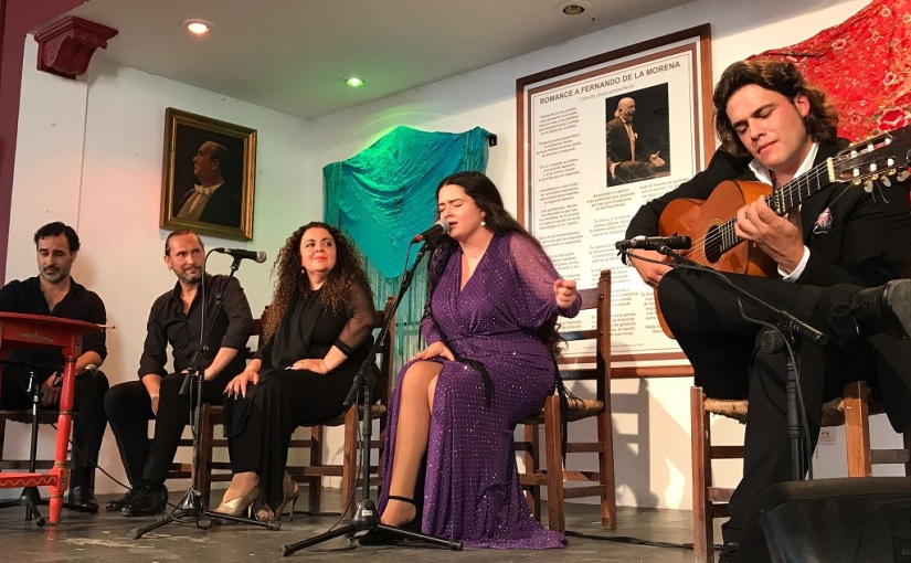 Reyes Carrasco cierra con éxito el ciclo 'De peña en peña' del Festival deJerez