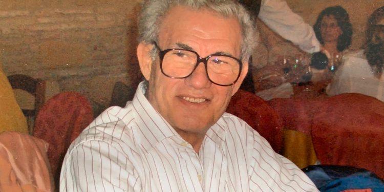 A Antonio García 'el Platero', uno de los nuestros, premio de la afición deJerez